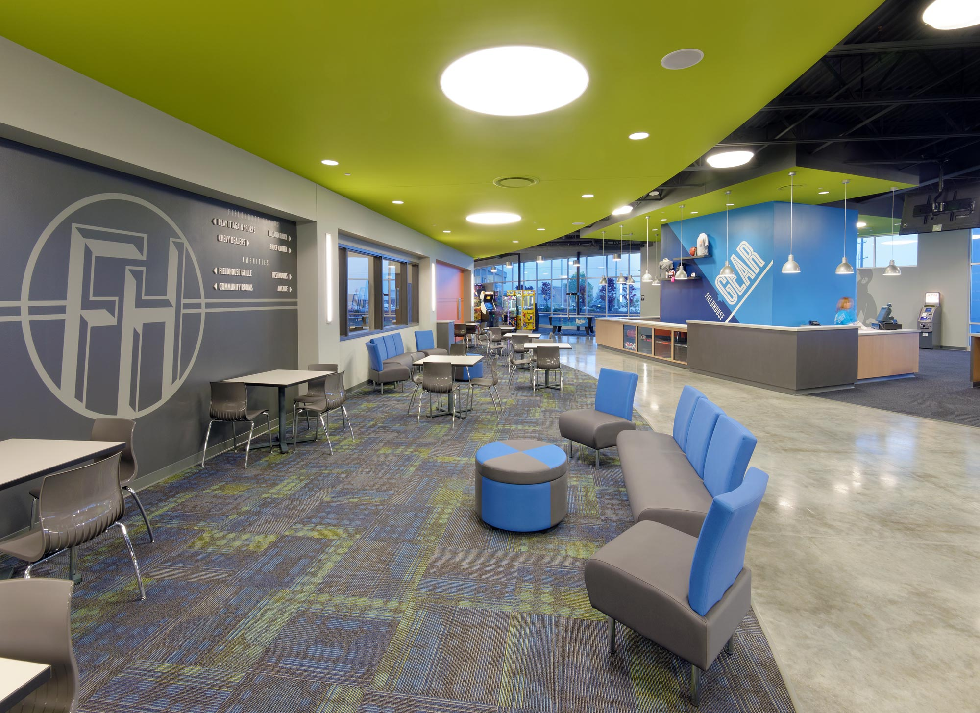 Fieldhouse-Sportscenter-H-Design-Interior-14.jpg