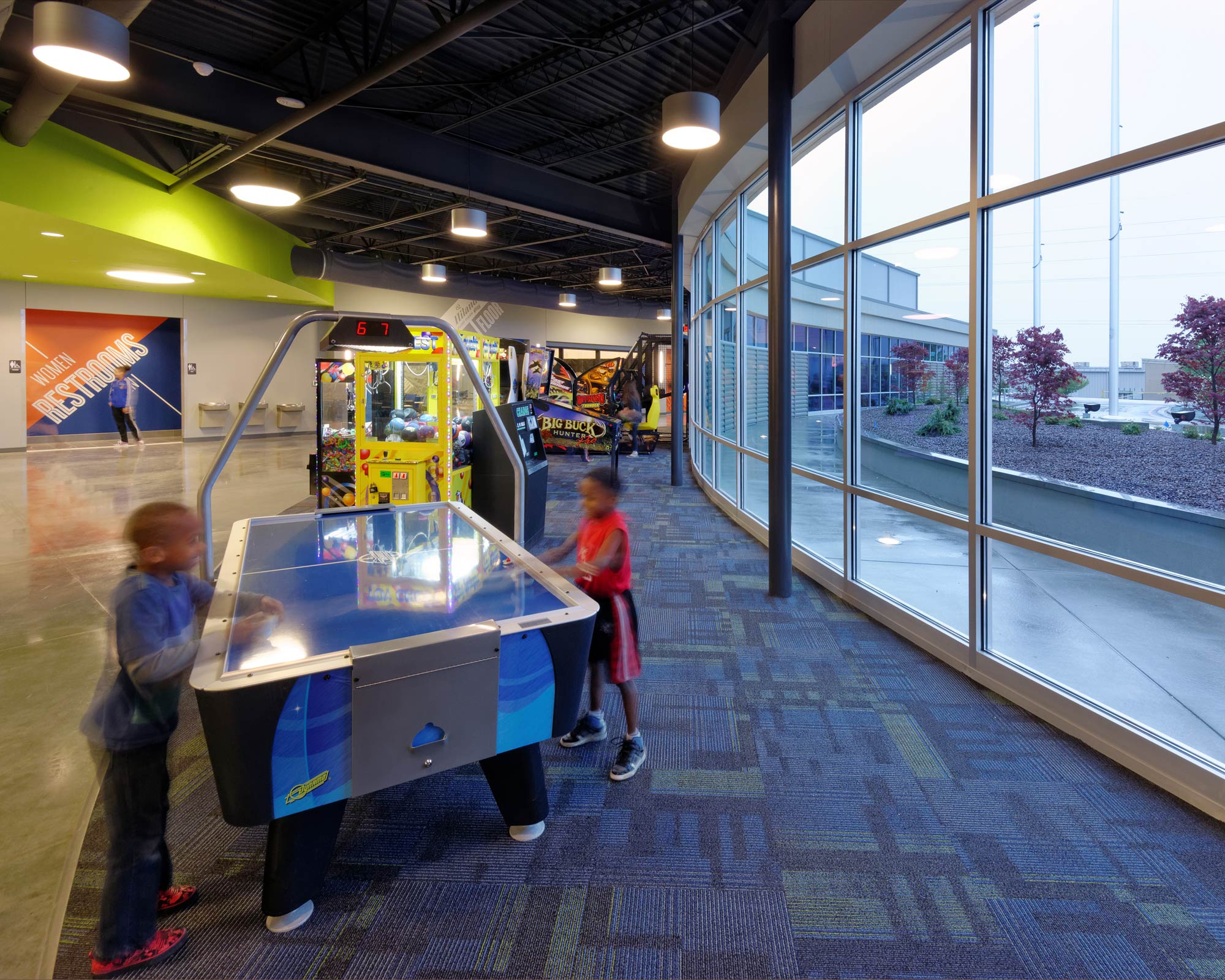 Fieldhouse-Sportscenter-H-Design-Interior-15.jpg