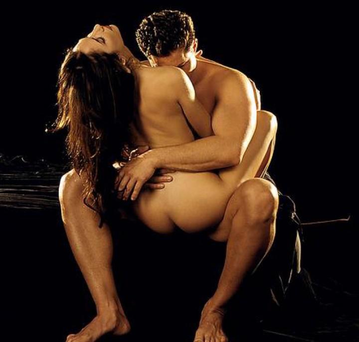Sitting-Pretty-Sex-Position-308y5r2n48ot0g4fghdou8-2.jpg