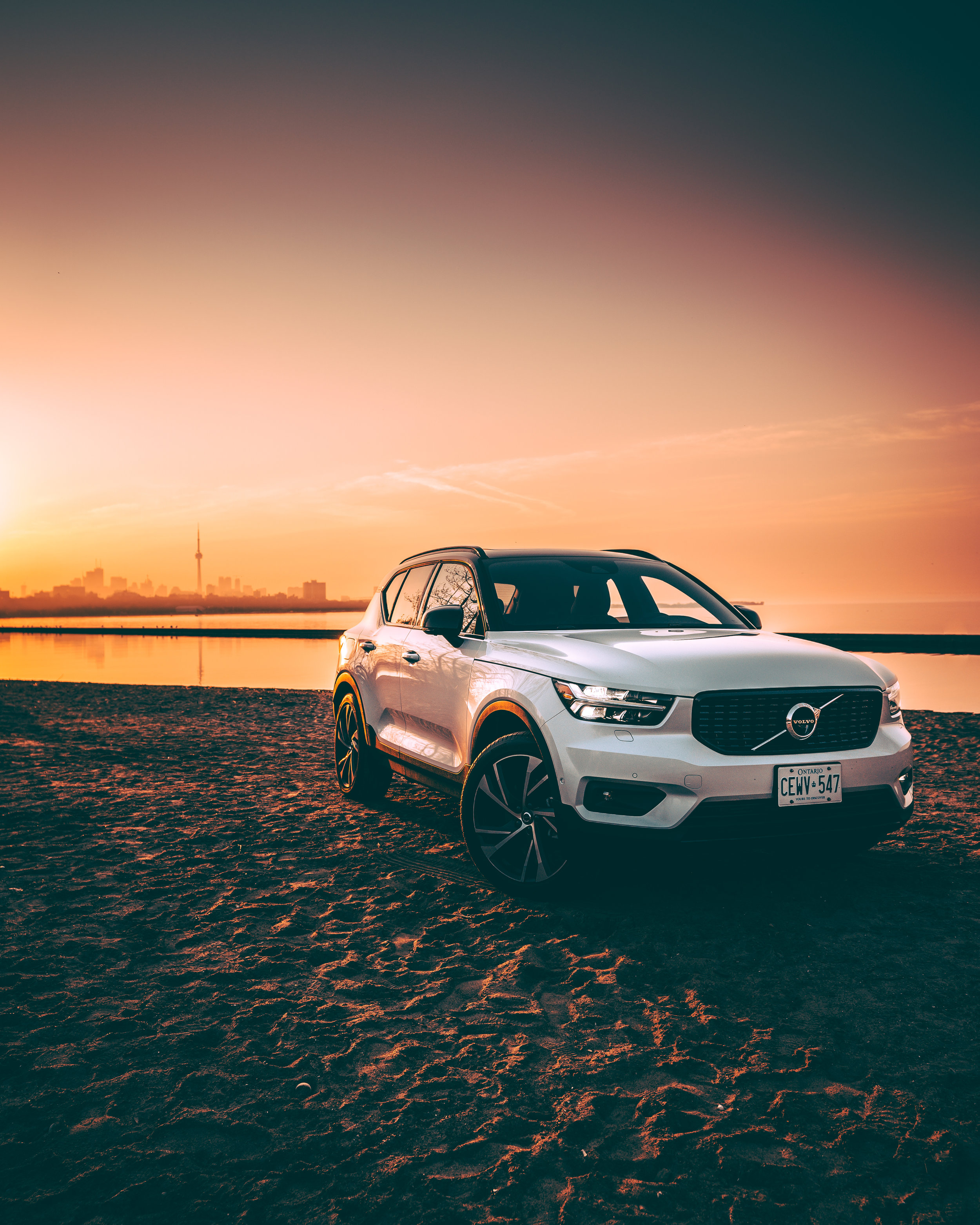 Volvo_XC40-Sunrise (3 of 11).jpg