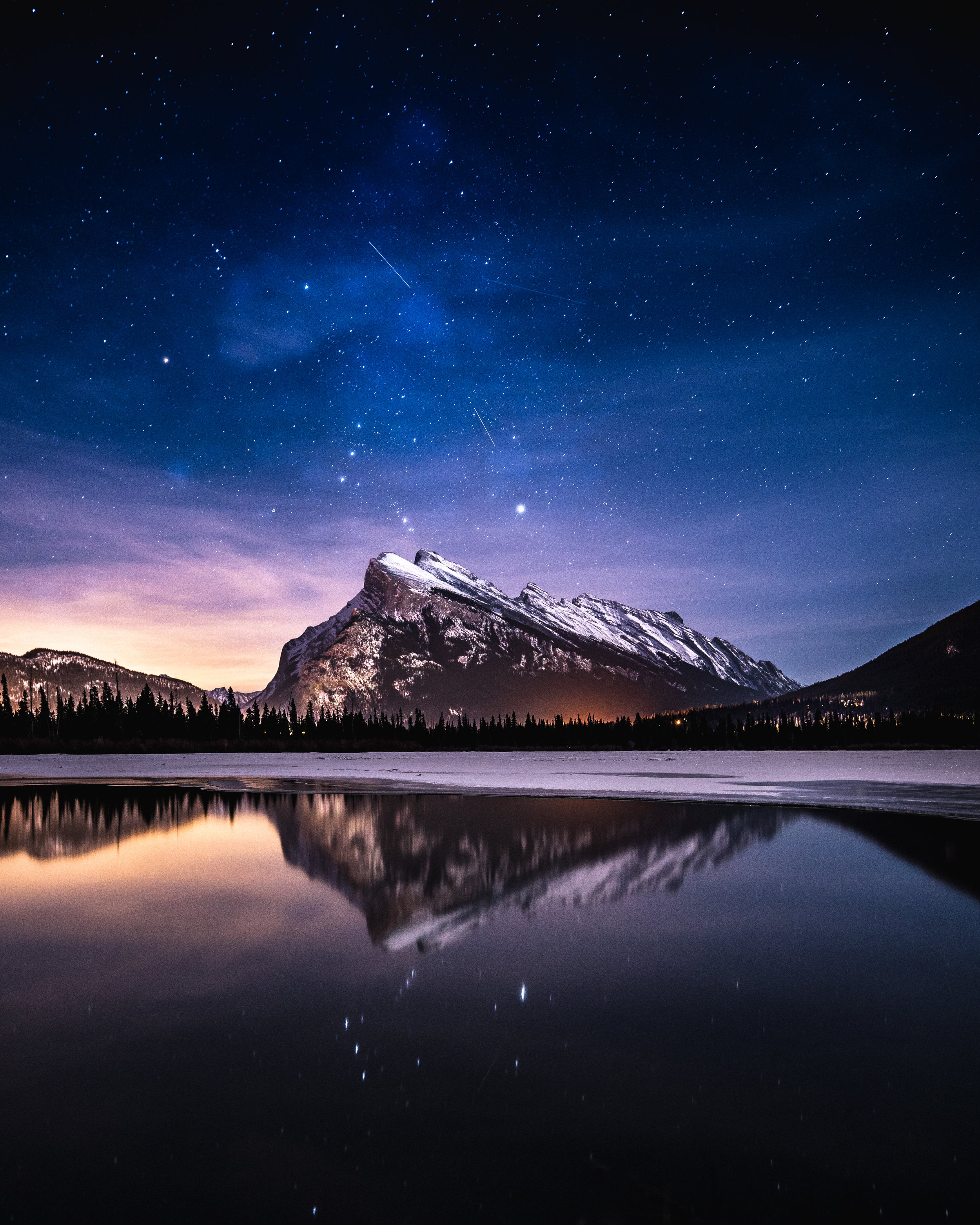 NIGHT BANFF.jpg