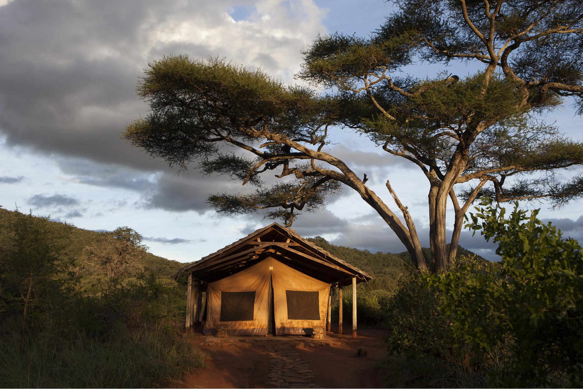 Luxury-Camping-03.jpg
