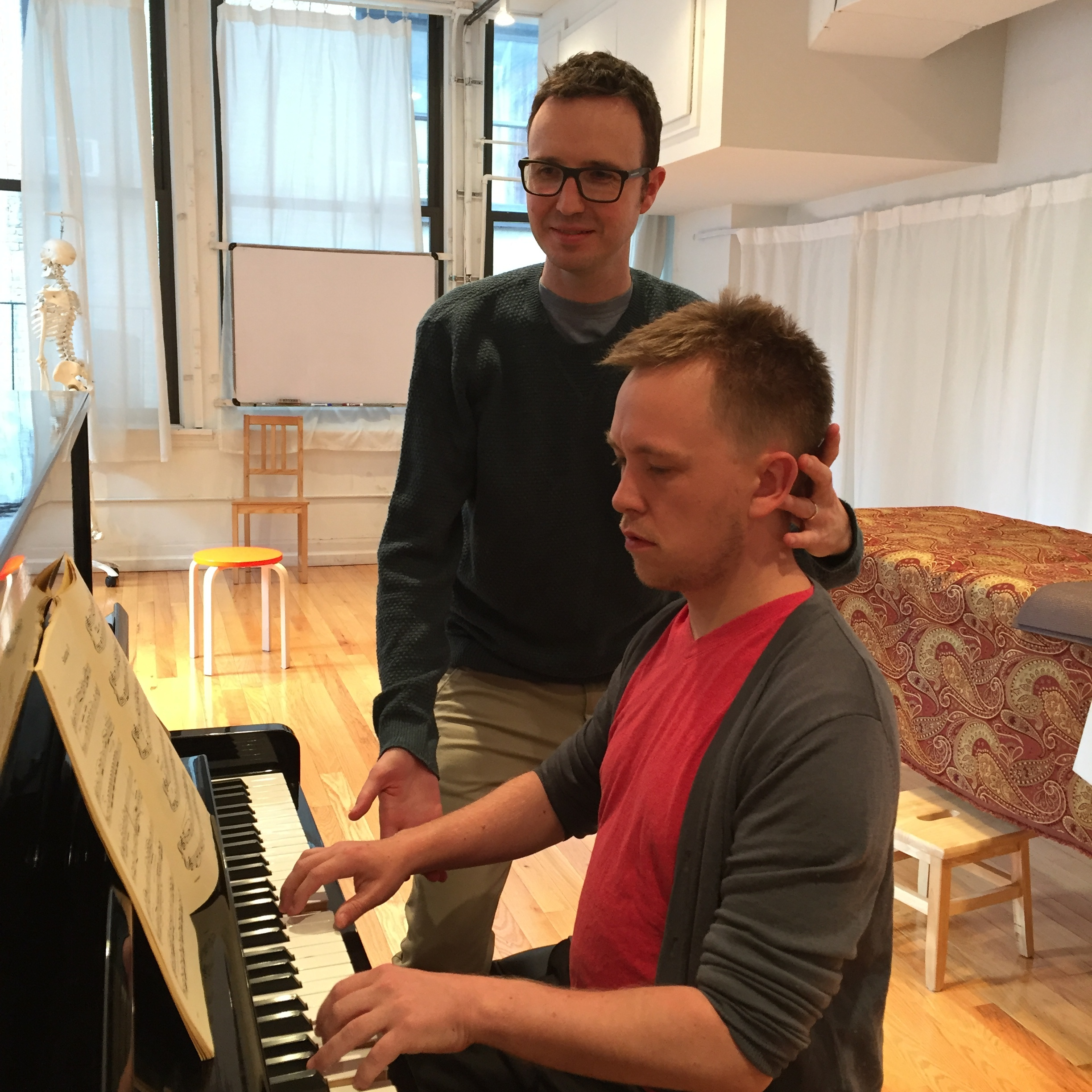Helping a pianist discover efficiency and ease in his technique.