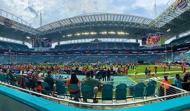 🏈 UM vs. Georgia Tech • #theU #UniversityOfMiami #Football #Miami #the305 #TurnoverChain #HardRockStadium