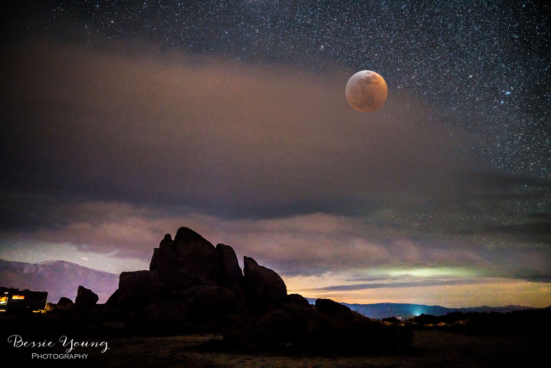 Super Blood Wolf Moon Landscape Photography January 2019 by Bessie Young Photography