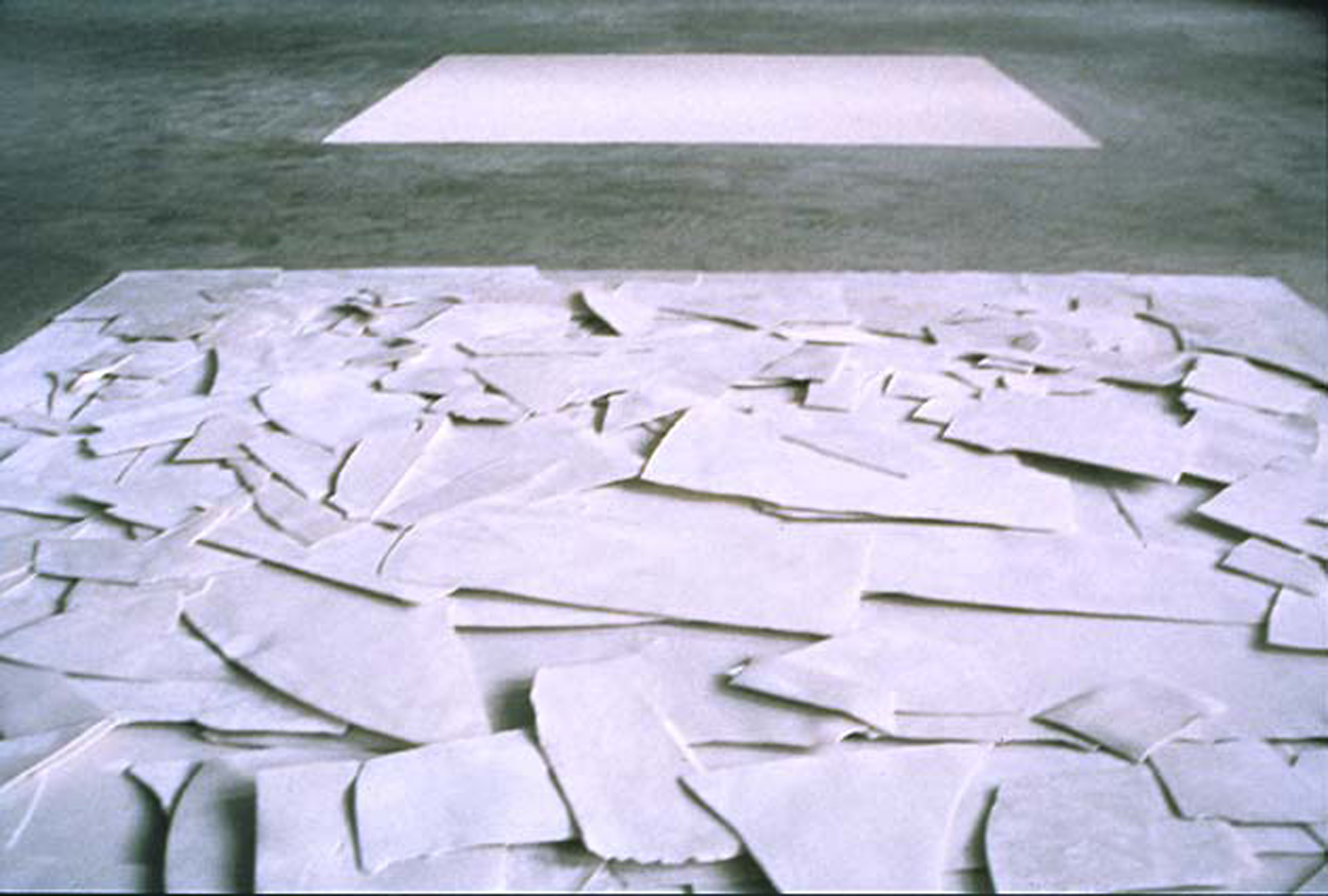 Shard Square Installation (detail)1997  Europees Keramisch Workcentrum, s'Hertogenbosch, NL  Porcelain, dimensions variable