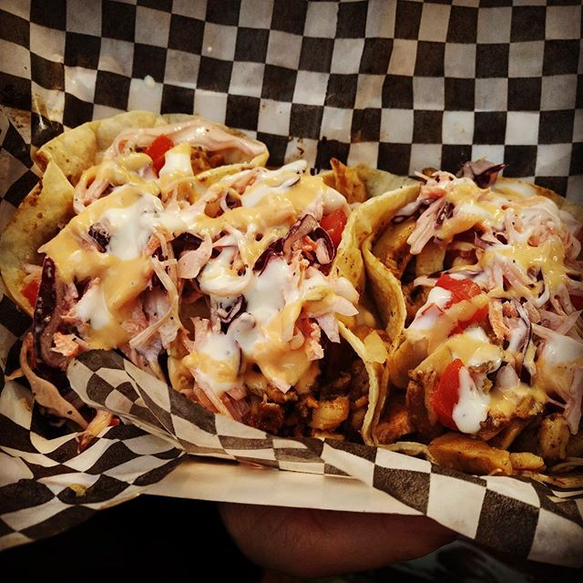Who said @foodtrucknfriday can't be #greektacofridays #lol #greekcanadian #twist #fun #love #lovetofeedpeople #food #foodporn #eat #eats #foodie #eeeeeats #greektacos #tzatziki #foodstagram #tdot #foodtrucksto #blogto #torontolife #toronto #iconic #taste #tasty #tastyfood #fresh #freshandtasty #whatrain #neverdid !!!;)