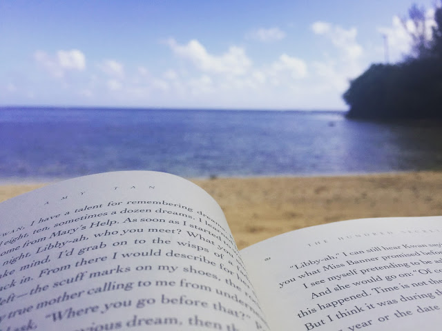 reading kauai.JPG