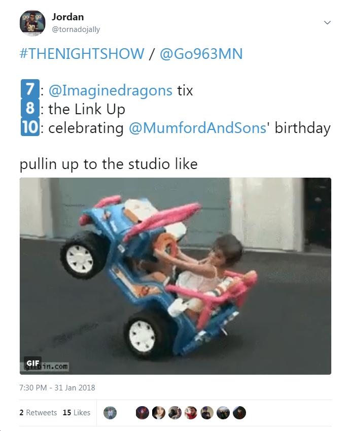go_nightshow_pullinup.jpg