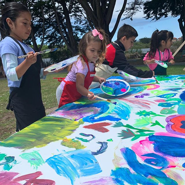 Our star volunteer Carmen Mexicano @mexicano_art_6 led a beautiful art activity for our young festival attendees  yesterday ... it was a huge success! Gracias, Carmen!!! #palenkearts