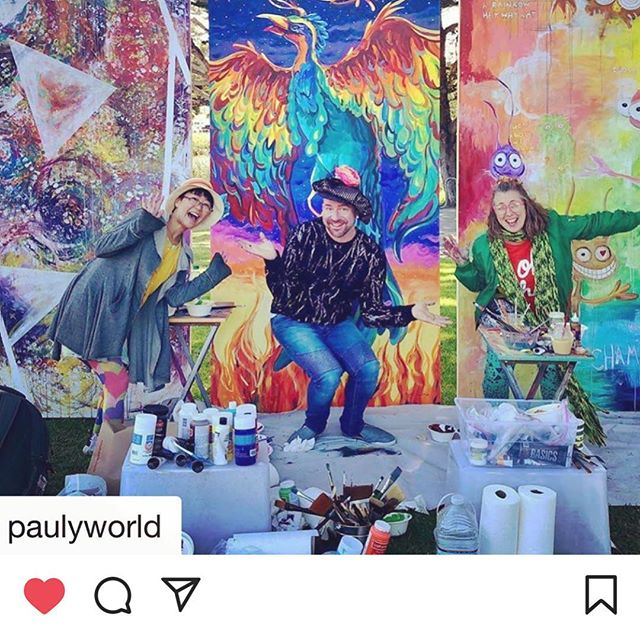 Repost from @paulyworld ... one of my favorite pictures of Sunday's Festival ... Paul Richmond @paulyworld Mai Ryuno and Linda Lay @lindalaylindalay posing with their awesome Live Painting boards ... such magic and joy! They look like they are floating in front of them! Thank you for being part of the familia! #palenkearts #youwillriseproject #paulrichmondstudio #livepainting