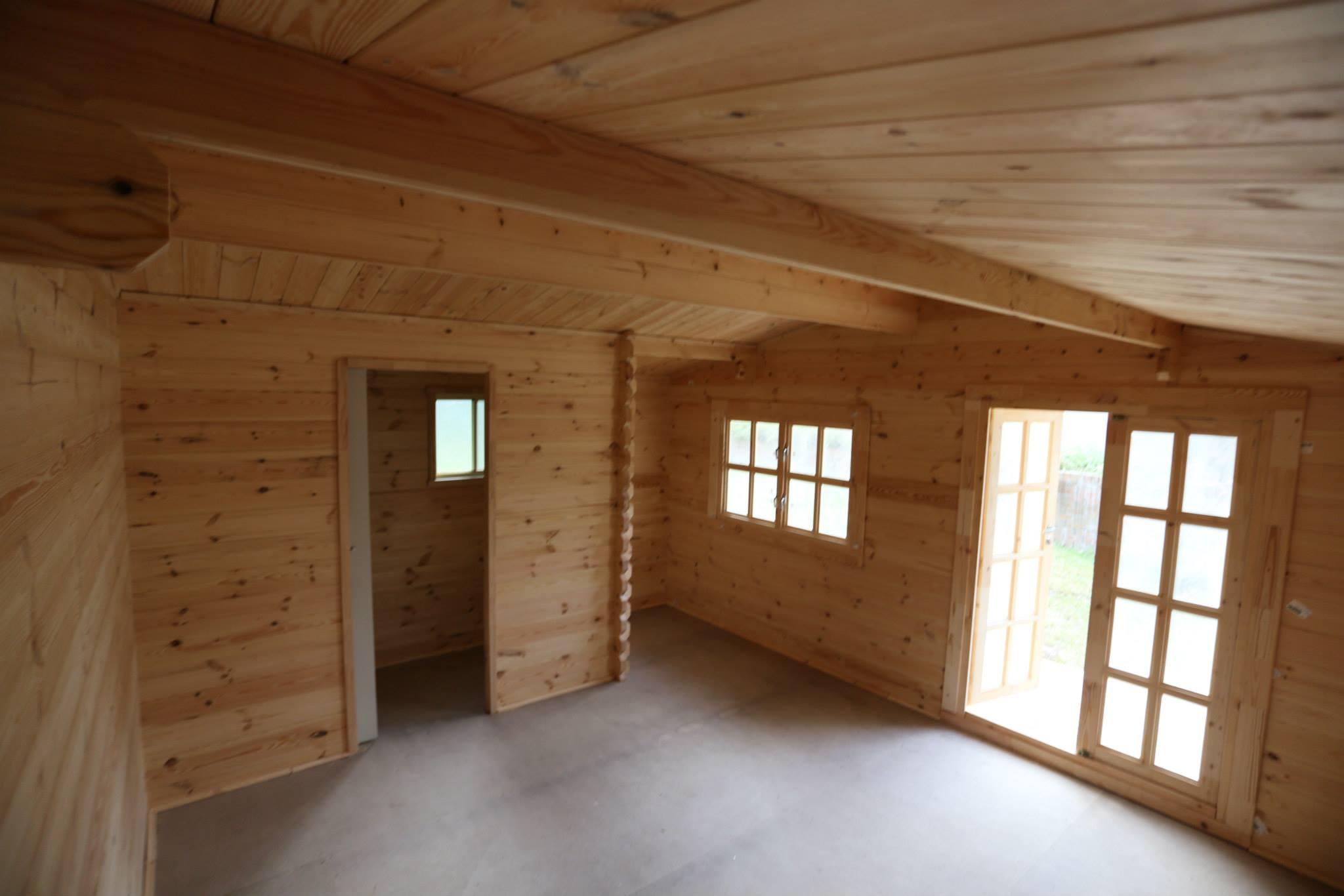 Inside-HO.jpg