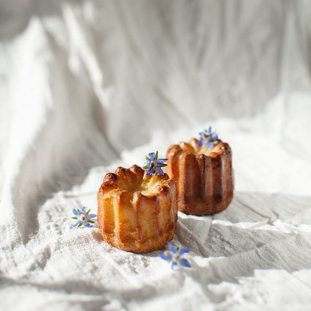 @haraldgreeff and I have been testing out a few things for a little spot that we're opening at the Sivana centre in Berea, later in August.  These sweet French pastries are called canelés. They have a custard centre, crunchy exterior and a hint of rum. We'll be selling these along with other other baked goods, lunches, juices and smoothies from the shop.  If you want to follow what we're up to, take a look at our page, @thekitchentable_el ☄