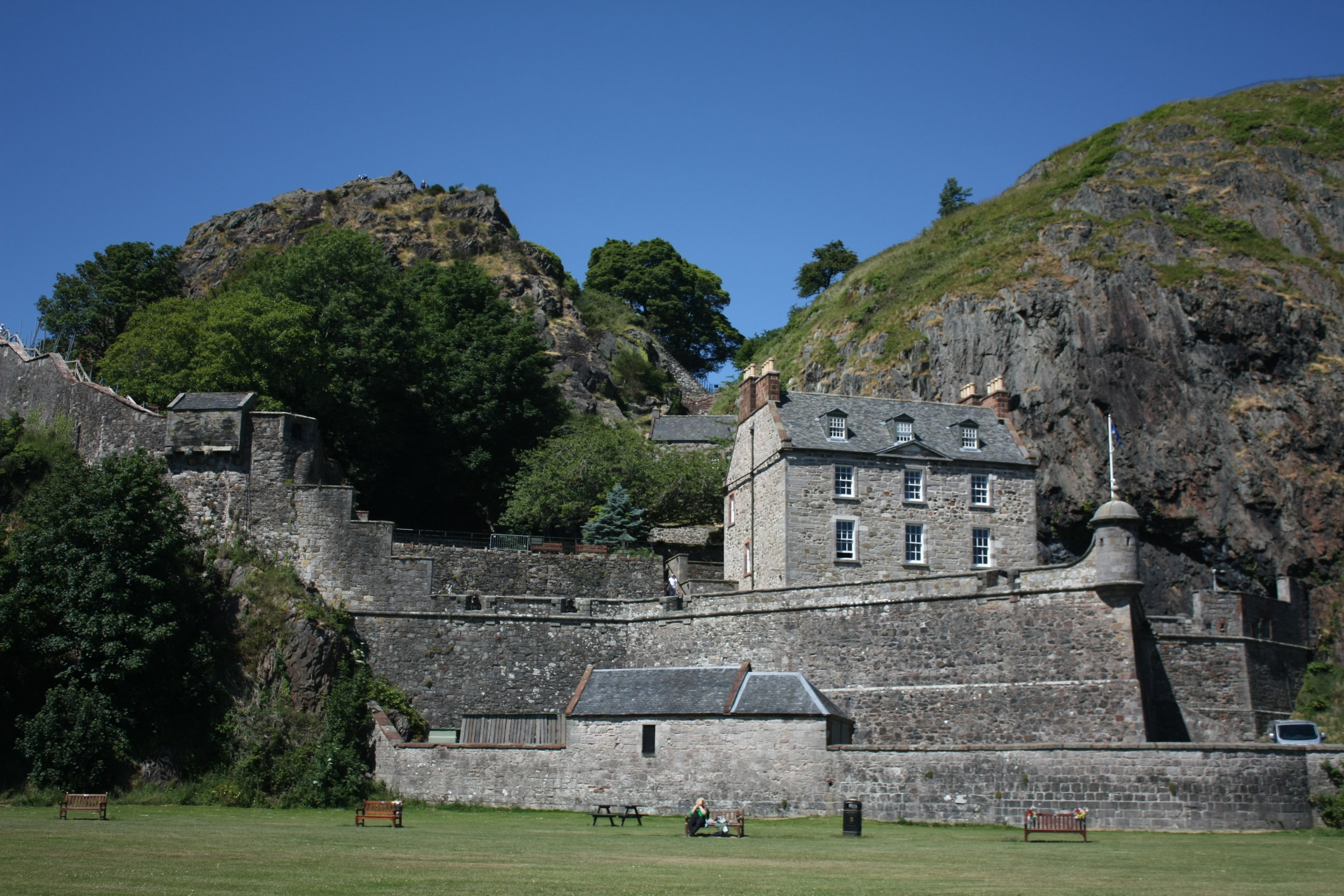 Front view of Dumbarton Castle