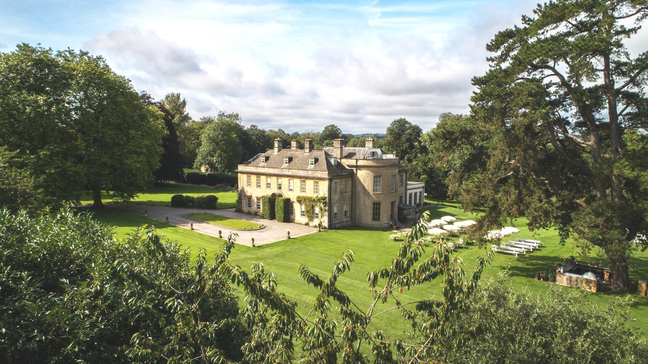 October Nourish and move retreat at Babington House - Find out more here