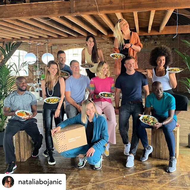 Posted @withrepost • @nataliabojanic What an incredible and inspiring day with @mindfulchef friends 💜Very happy to be part of this wicked community@aimee_fuller 🏂 @daddydarkrdc 🏃🏿‍♂️ @fearnecotton 📺 @gilohumph1 👨🏻‍🍳 @heywillwheeler 🤸🏻‍♂️ @misssanchialege 🕉 @myles_hopper 👨🏼‍🍳 @rewwwbs 🏃🏿‍♂️ @nataliabojanic 🧘🏻‍♀️@victorilou 🚴🏻‍♀️ . . . #mindfulchef #community #fun #freshfood #friends #eatwell #livewell #cook #vegan #plantbased #glutenfree #healthyfood #wellness #nutrition #delicious #yummy