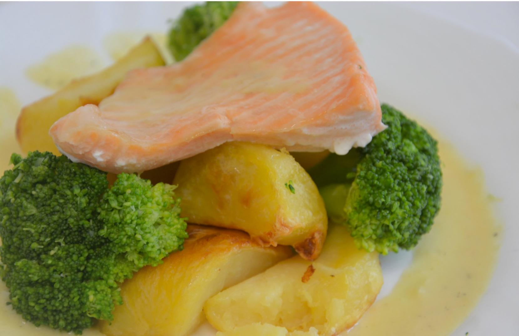 Salmon with mustard sauce -