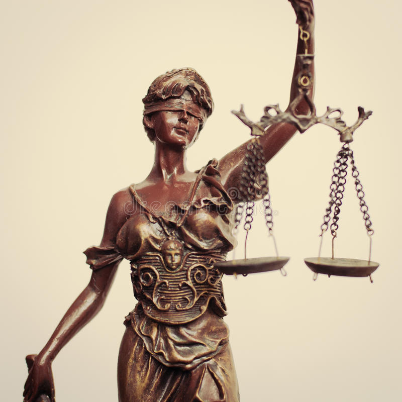 closeup-lady-justice.jpg