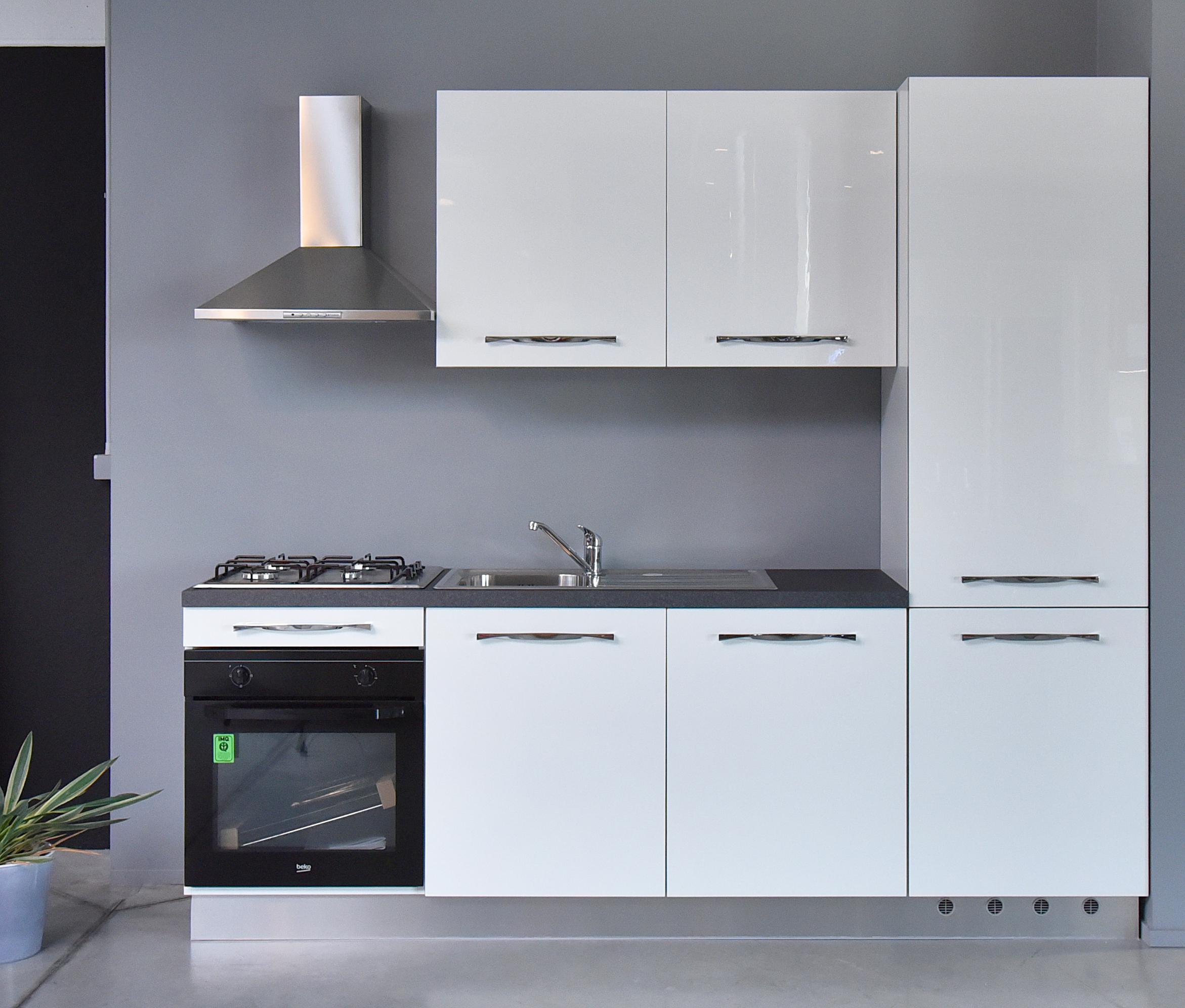 cucina 05 - 01.jpg