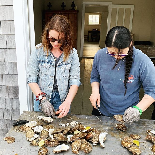 Left handed oyster shucking skills on full display.