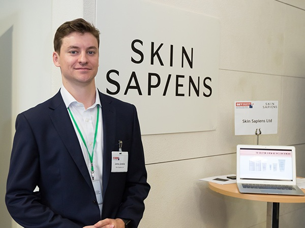 Skin Sapiens - Marks a new age in clean skincare. Simply formulated. Natural & vegan. Sustainably packaged. For a better skin, and planet.