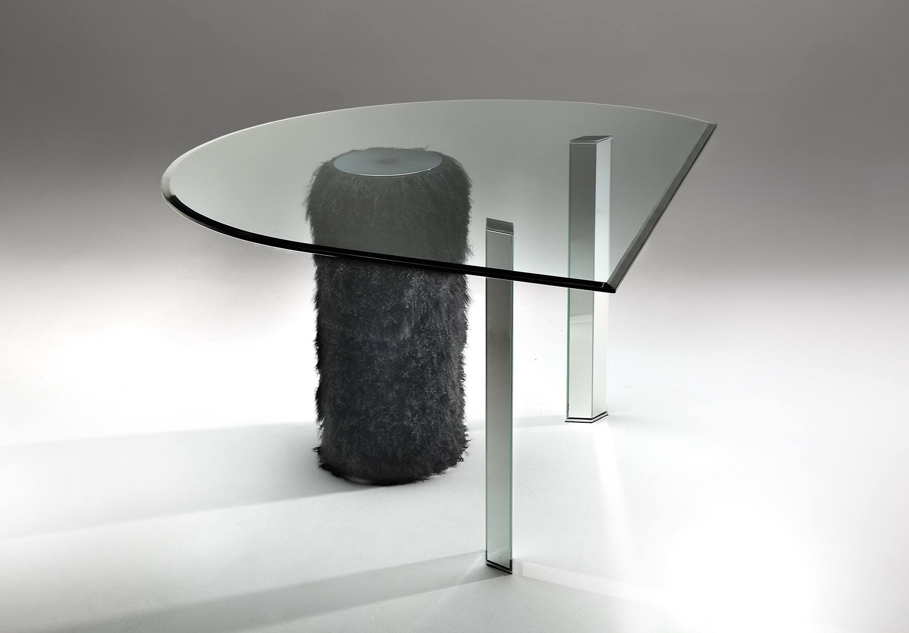 H&S Table