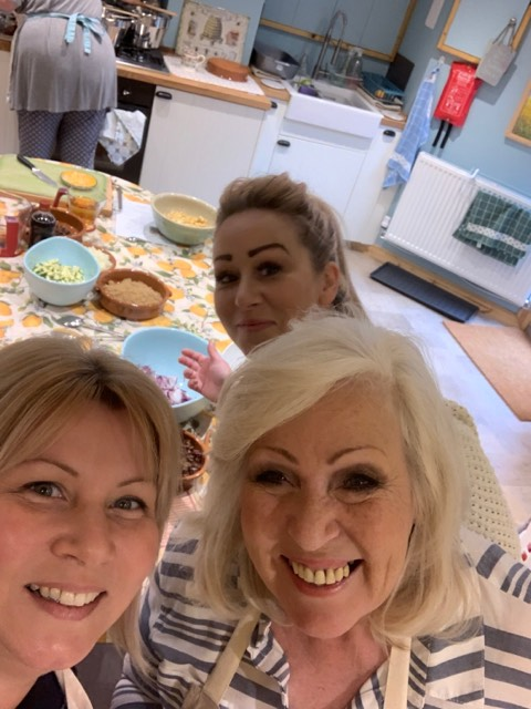 "Mother and daughter's family fun. - ""Hi Sian we all just wanted to say thank you sooooo much we had such great day thank you for everything xxxx"""
