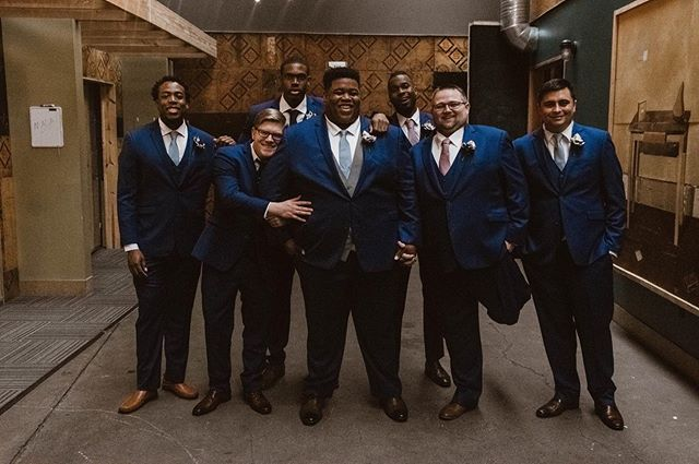 The boys are suited up and ready 👔  #groomsmen #indianavenue #itskeeevents #dayofcoordination #weddingday