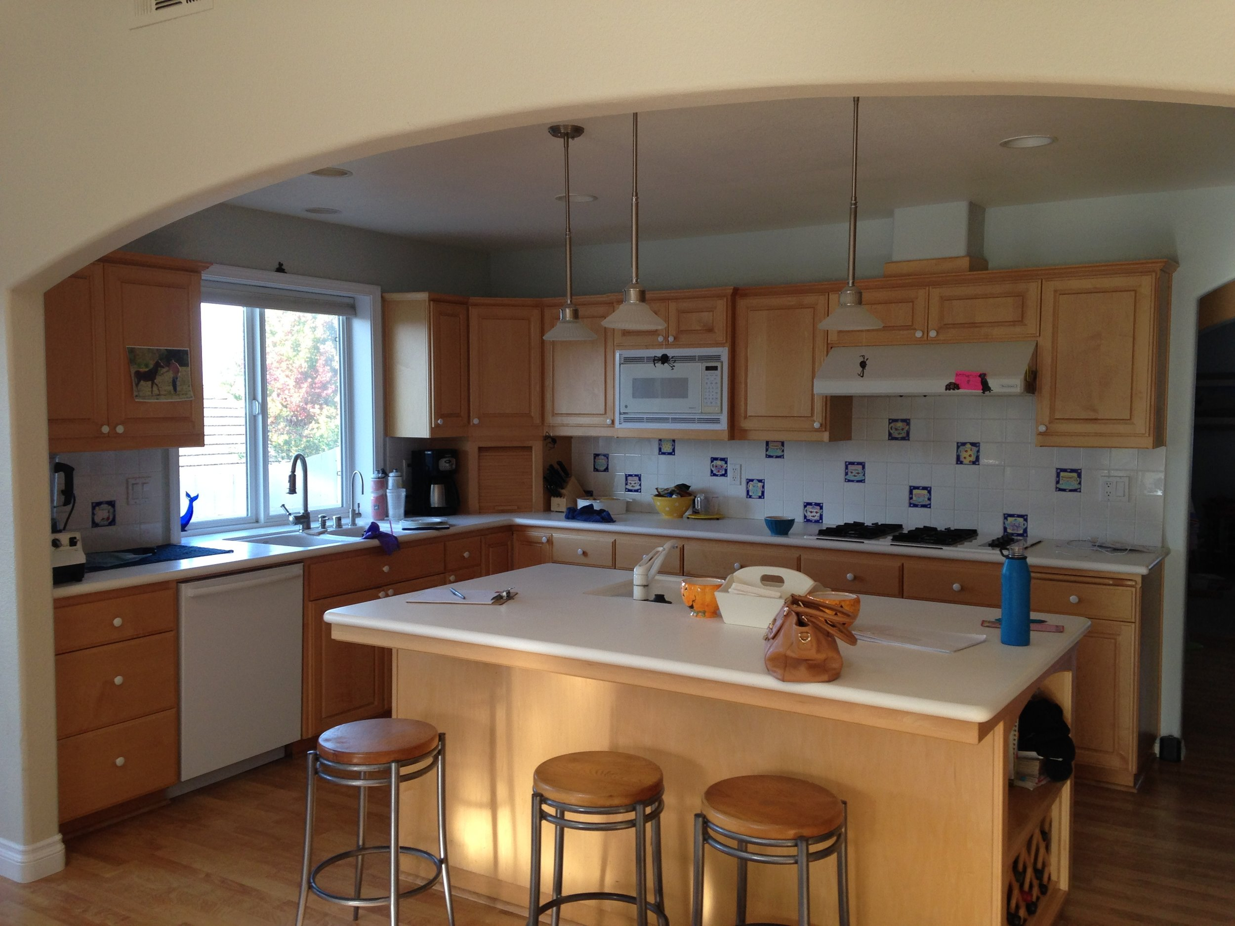 Los Osos Kitchen: Before