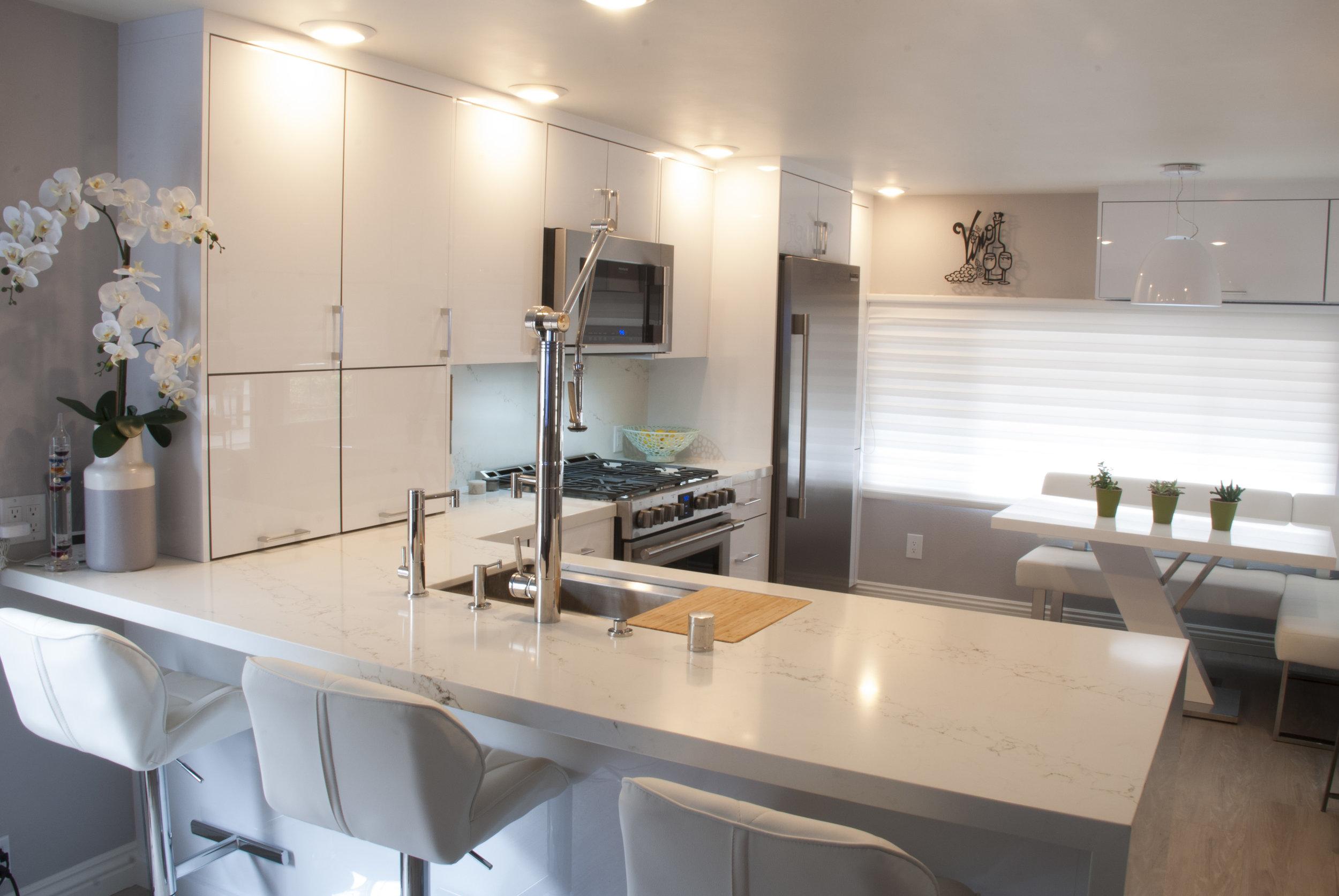 Kitchen G .jpg