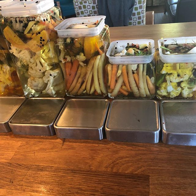 PICKLES!!! I know this is not tile or cabinets but this is what u and your boyfriend do on a Sunday afternoon when u buy too many vegetables at the farmers market. #quinnhome #pickles # farmers market #slofarmersmarket #carrots #greenbean #picklesfordays #instafood #instafoodporn #scruff #instagay #instagaychef #marthastewart #foodchannel #topchef