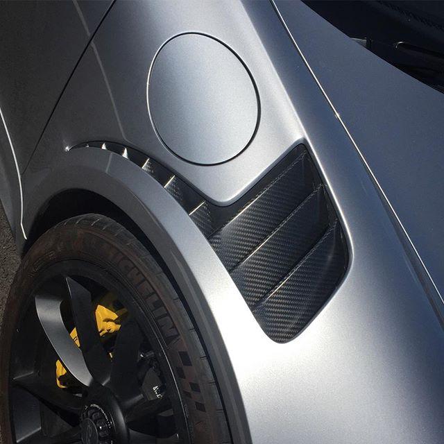 Everything looks better in carbon!!!!! #fortiscomposites #carbon #carbonfibre #carbonfiber #bespoke #fortisproducts #porsche #supercar #gt3rs #fast #modball #modballrally #cars #scd #exoticcars #911 #handmade #amazingcars247 #carsofinstagram #satin #YGO