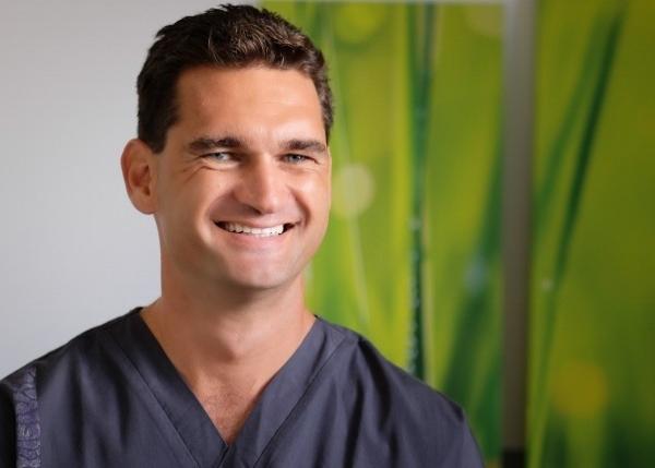 Vetea Miklus Orthodontiste Tahiti.jpg