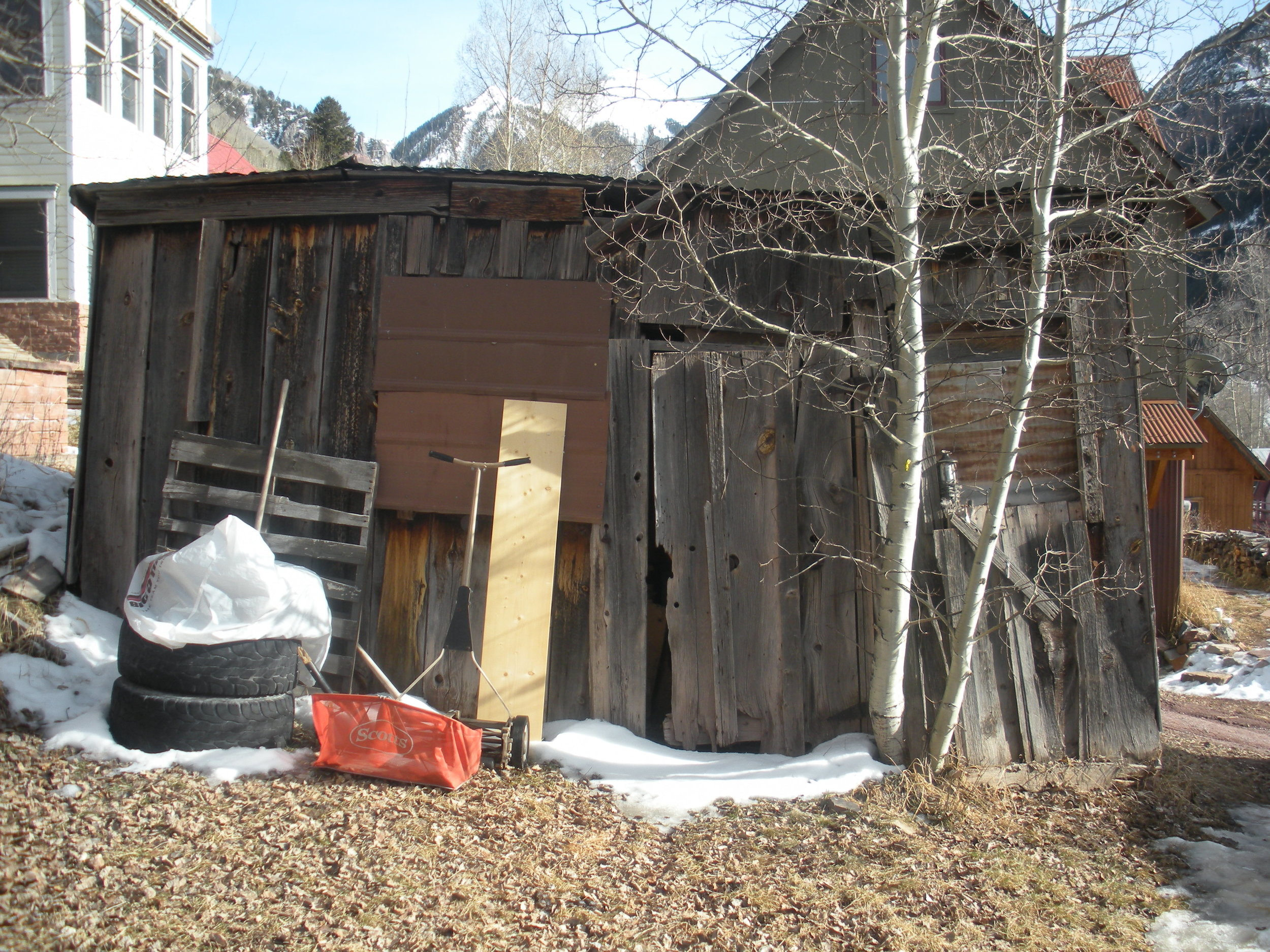 218 N Willow shed.JPG