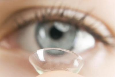piilolinssit piilarit piilolasit contact lenses alcon cooper vision piilolinssioptikko optikko optometristi