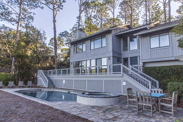 Vacation-Next Week-Why Not? 18 Wren Drive is a stunning 5 bedroom coastal retreat located in the heart of Sea Pines!  Book the week of June 8th-15th and receive these FREE perks! Bike rentals, beach chairs/umbrella set, beach tent and sand toys to keep the kids entertained.⠀ ⠀ Book today to get these fun freebies! www.wvrhiltonhead.com