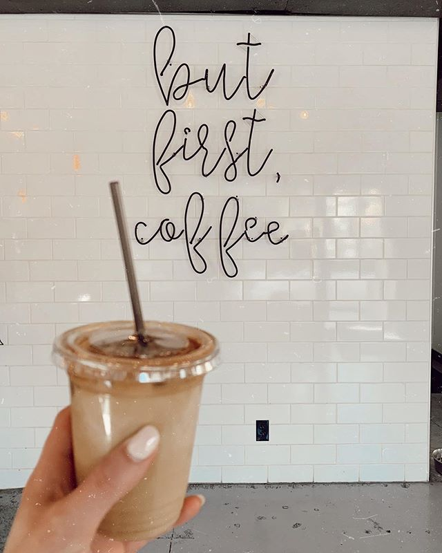 I let Pilates kick my a$$ and then treated myself to a nilla latte, happy saturdaaay.  #butfirstcoffee #icedlatte #seattle #seattlefinds #coffeeshop #southlakeunion #saturday #pilates #weekendvibes #tezzapresets