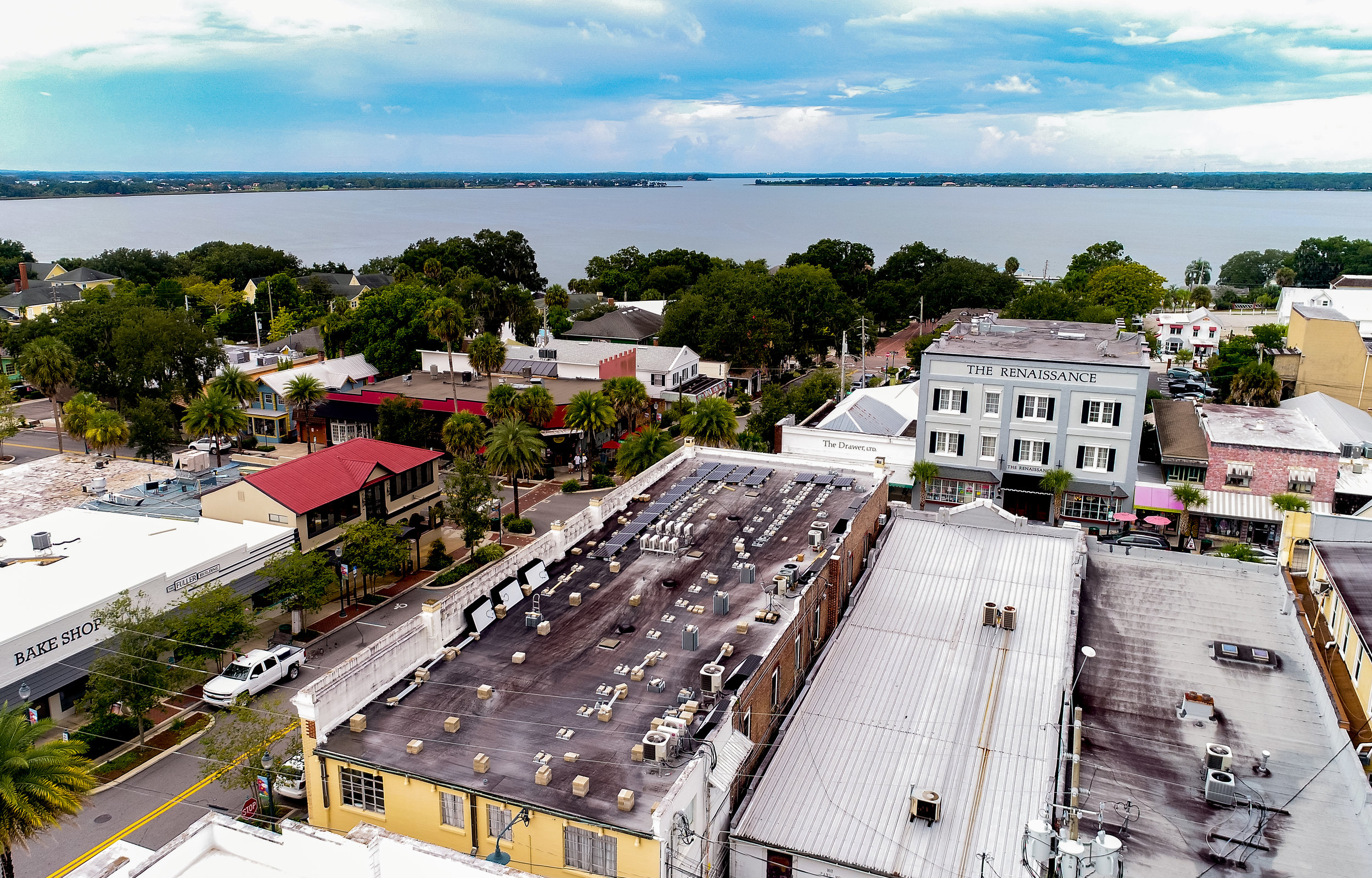 commercialsolar_downtownmountdora_historicbuilding_optimussolar_florida_3.jpg