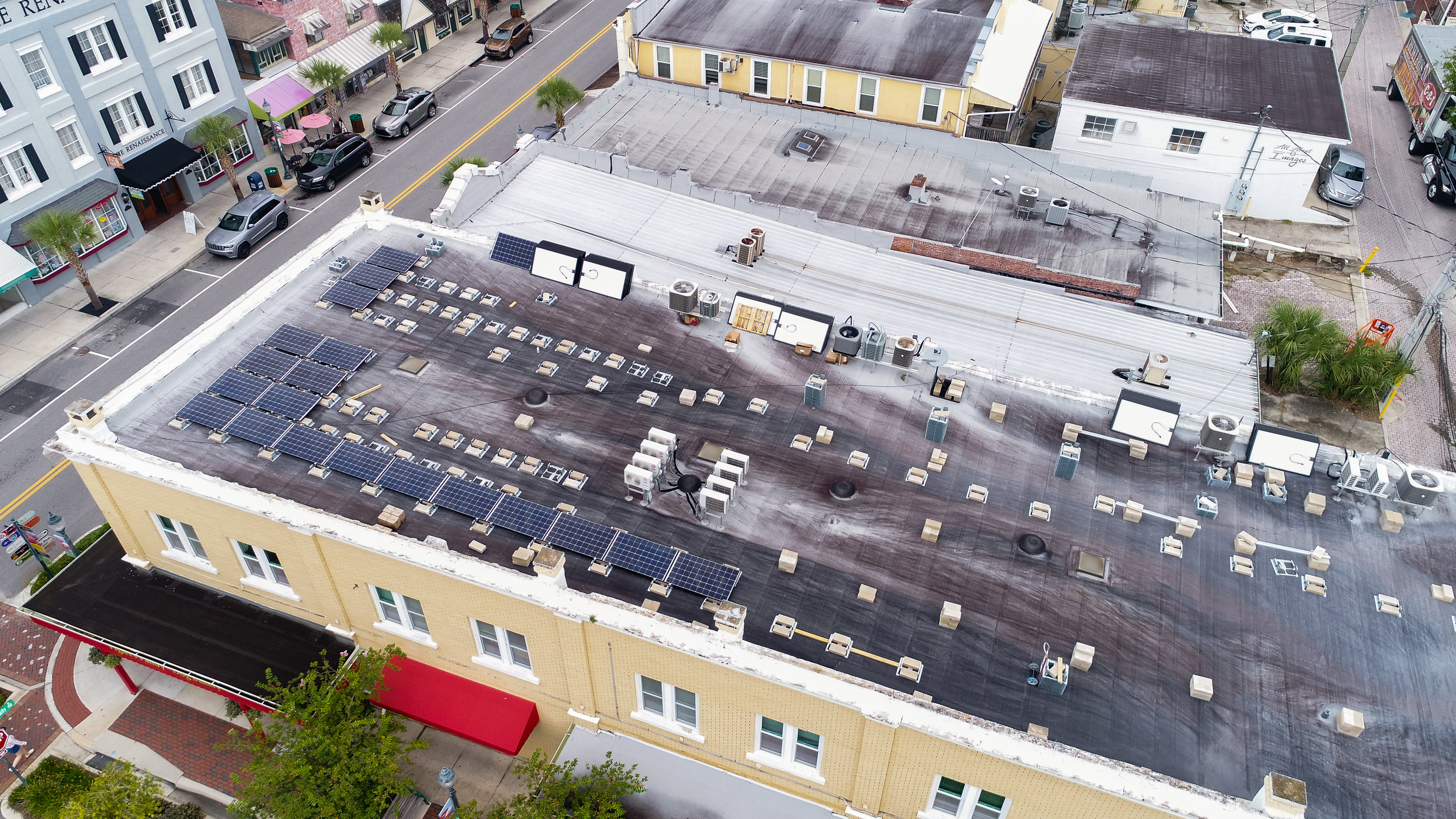 commercialsolar_downtownmountdora_historicbuilding_optimussolar_florida_4.jpg