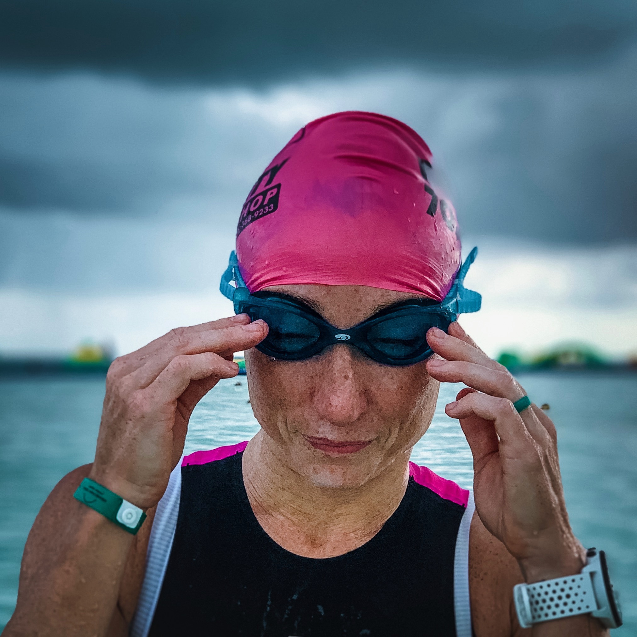 Love these  BlueSeventy goggles  for open water swimming.