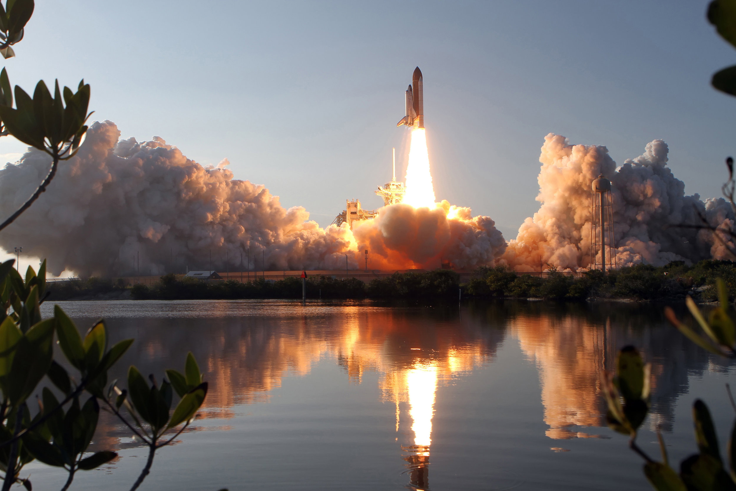 7Space Shuttle Discovery.jpg