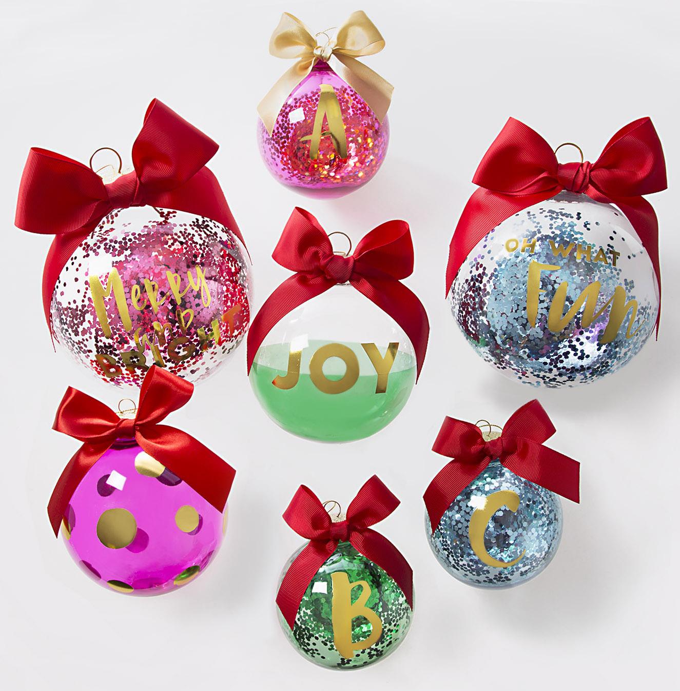 FORAGJA17_ornaments_edited_lowres.jpg