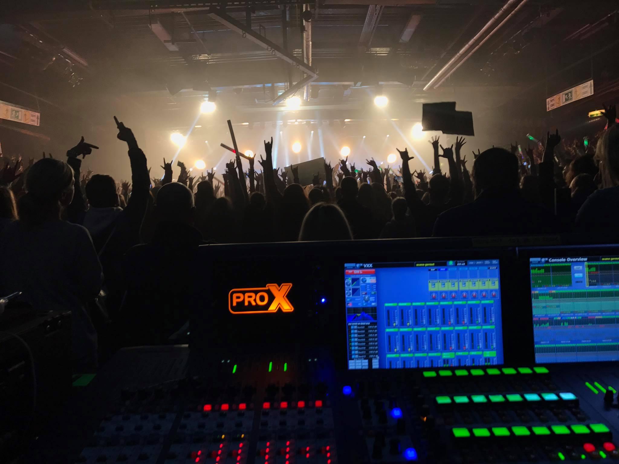 Karmatour München im Backstage