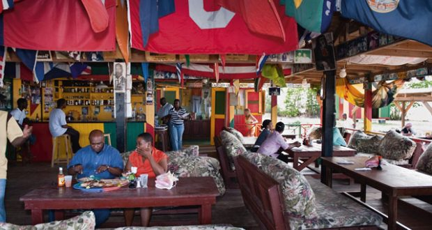 Sunshine Beach Bar, Nevis