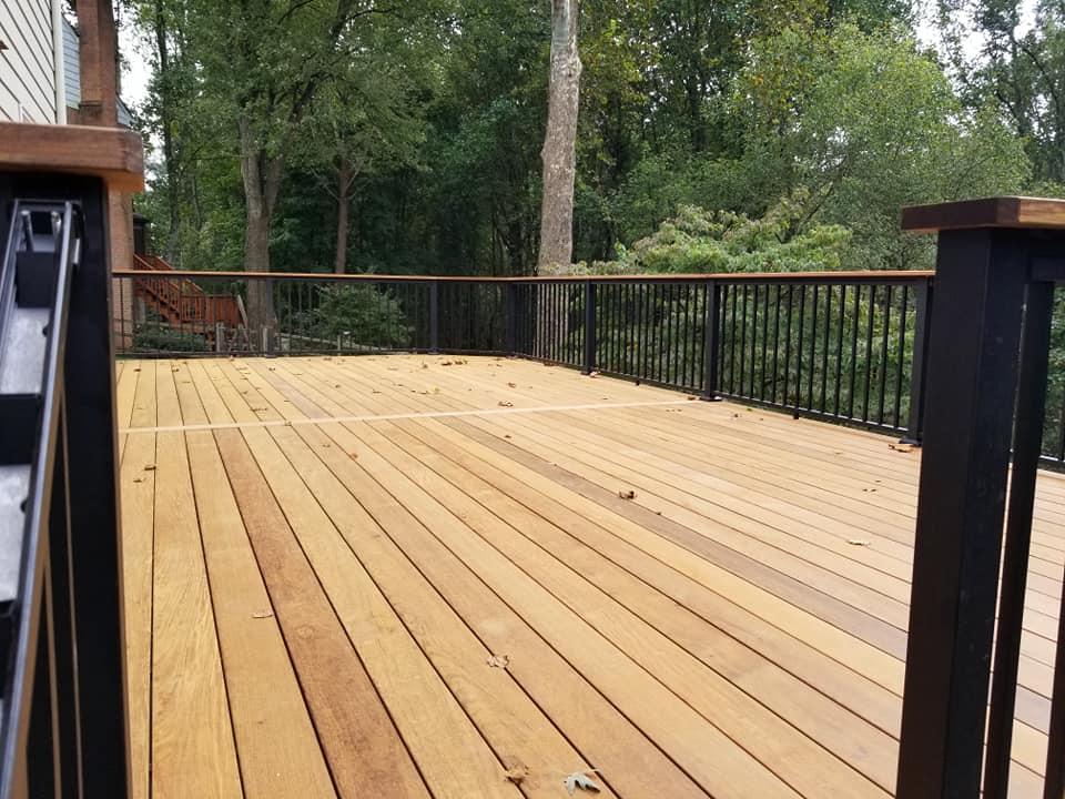 deck building handyman.jpg