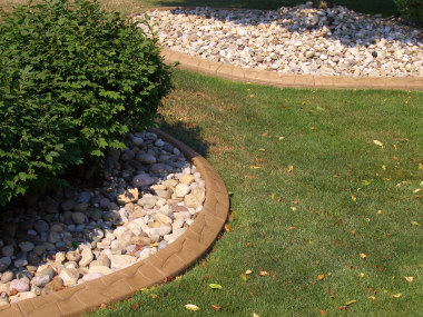 Cement Curbing - (Stone coloration and impression)