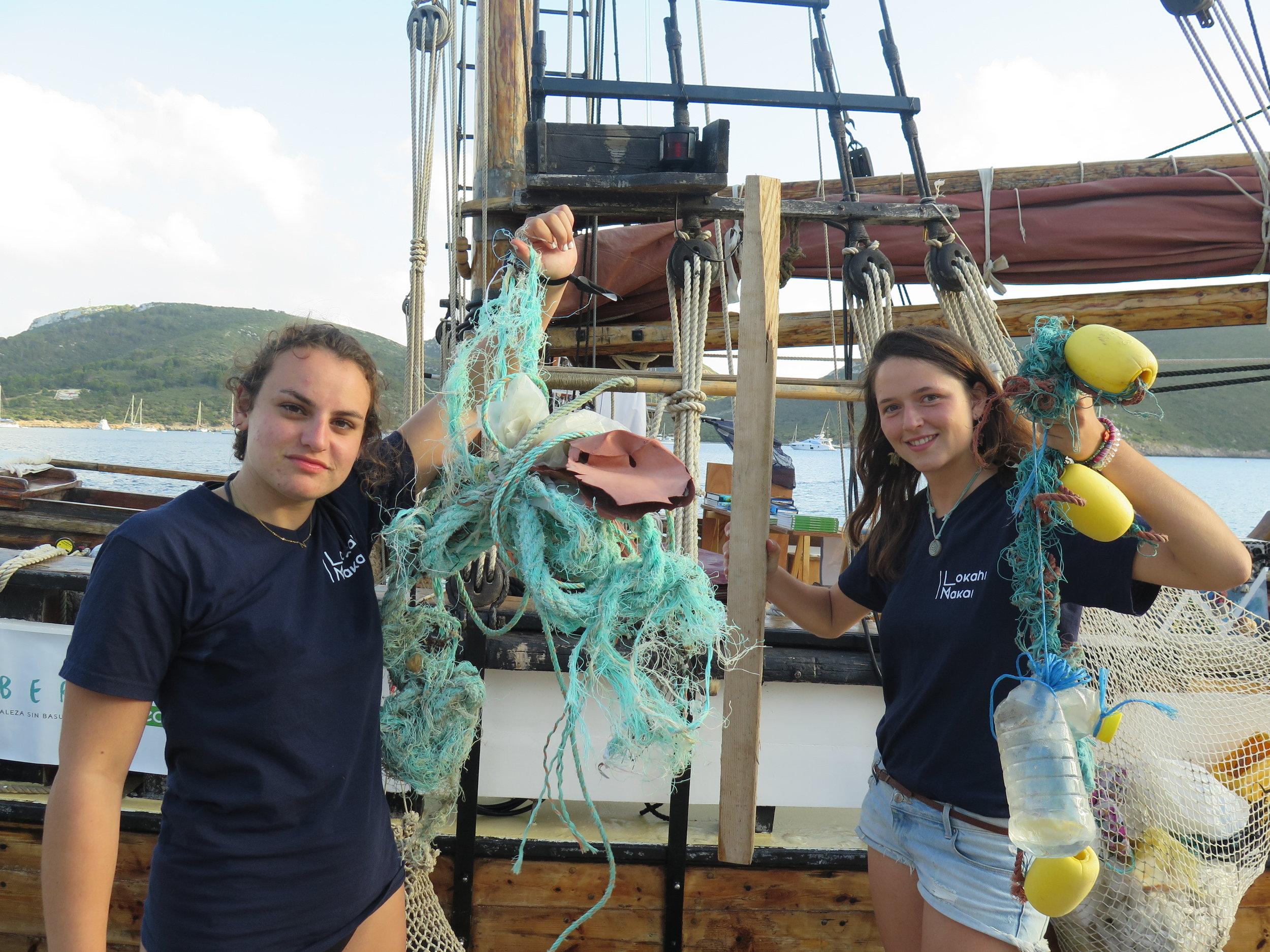 students holding marine litter.JPG