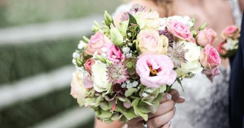 Maui Bridal Bouquet.png