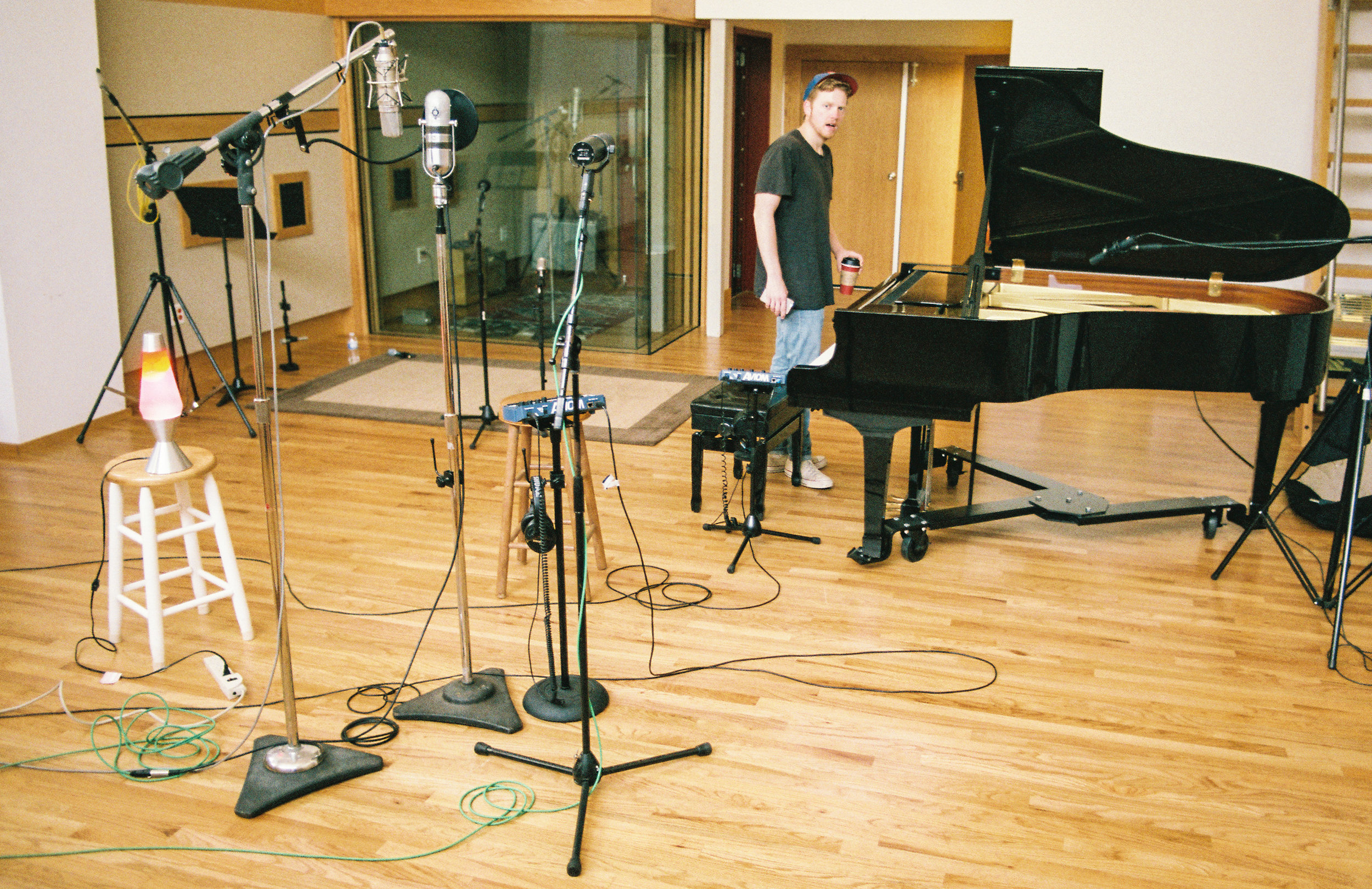 - Here was our setup at 1093 in late October for vocals and piano. Here we were recording vocals with an original Neumann U67, RCA 77DX ribbon, and a Shure SM7B. One of my favorite mics to use on the piano is the Neumann RSM 191. One of my favorite sounds on the record is Bobby's voice on a song called