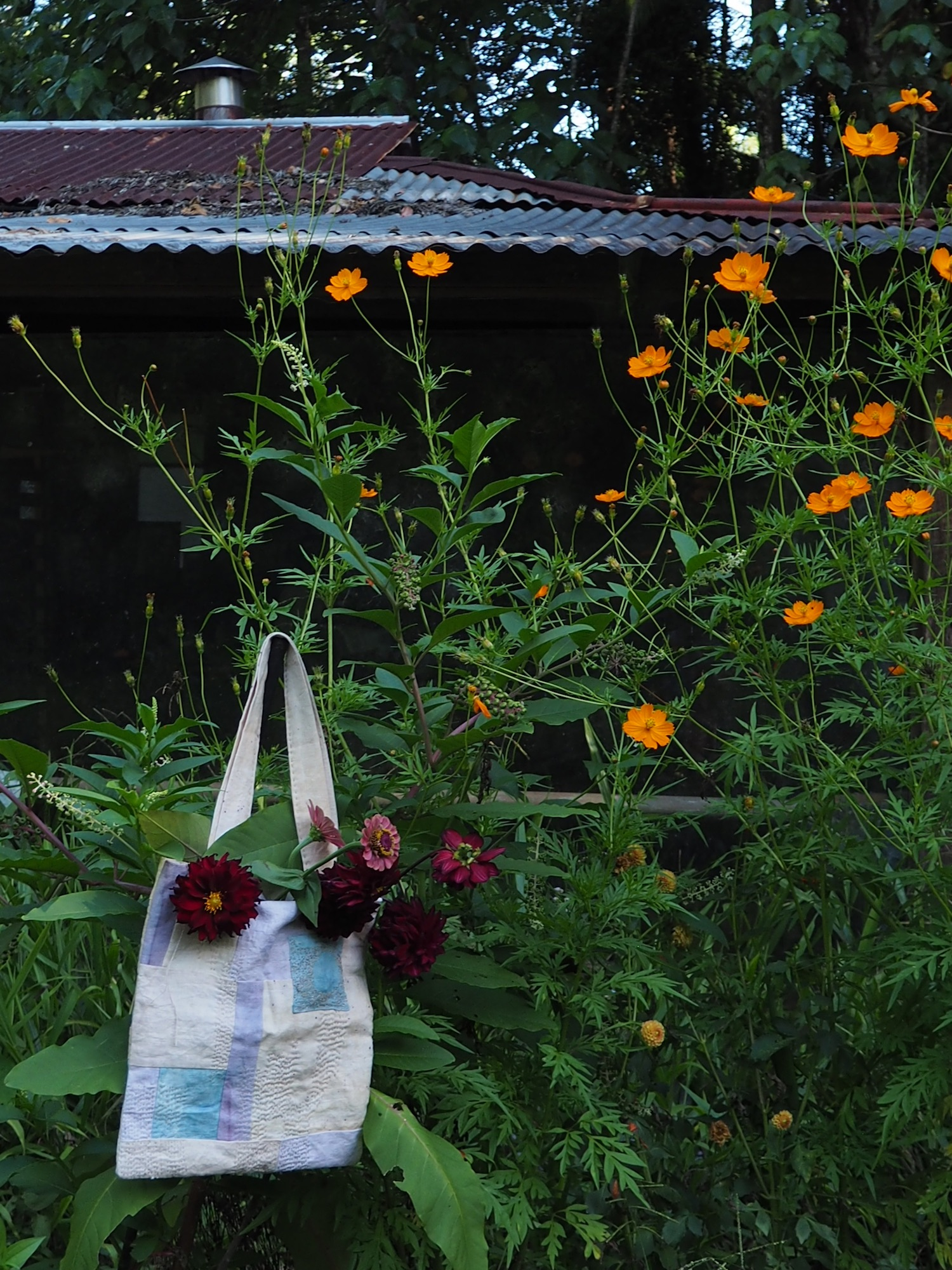 Naturally dyed tote bag in the garden -January 2019 Ellie Beck.jpg
